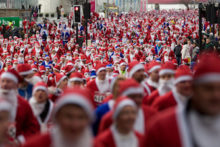 Santa Dash organisers are targeting 9,000 runners this year in a bid to reclaim the world record from Las Vegas.