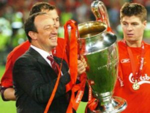 Rafa Benitez and Steven Gerrard after Liverpool's Champions League win in 2005 © Trinity Mirror