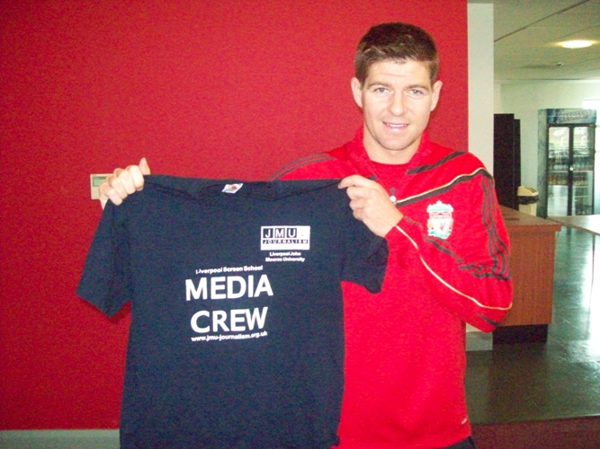While he was at uni, Chris persuaded Steven Gerrard to pose for this classic photo © JMU Journalism
