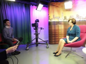 Cherie Blair talks to students from JMU Journalism. Pic by Nathan Pearce