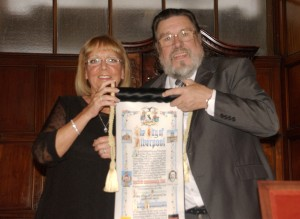 Ricky Tomlinson with his wife Rita proudly holding the Freedom of Liverpool scroll. Pic by Katie Dodson © JMU Journalism