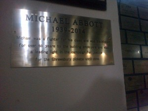 Michael Abbott memorial plaque (c) John Elsworth