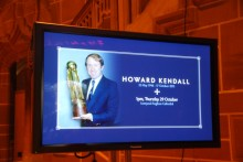 Everton legend Howard Kendall was honoured by Blues and Reds as his funeral was held at Liverpool's Anglican Cathedral.