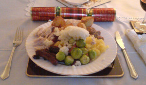 A traditional British Christmas dinner. Pic © Wikimedia commons