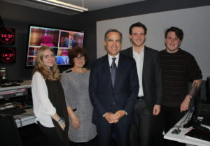 The Governor of the Bank of England, Mark Carney, meets JMU Journalism students and lecturer Shirley Lewis in the Redmonds Building TV studio gallery. Pic © JMU Journalism