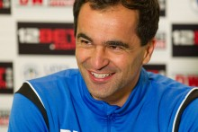Everton have appointed FA Cup-winning manager RobertoMartinez as their replacement for David Moyes in a four-year deal.