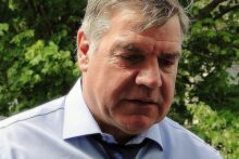 Everton have chosen ex-England boss Sam Allardyce as their new manager to take over from David Unsworth.