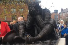 A statue commemorating the works of celebrated war poet Wilfred Owen has been unveiled in Birkenhead.